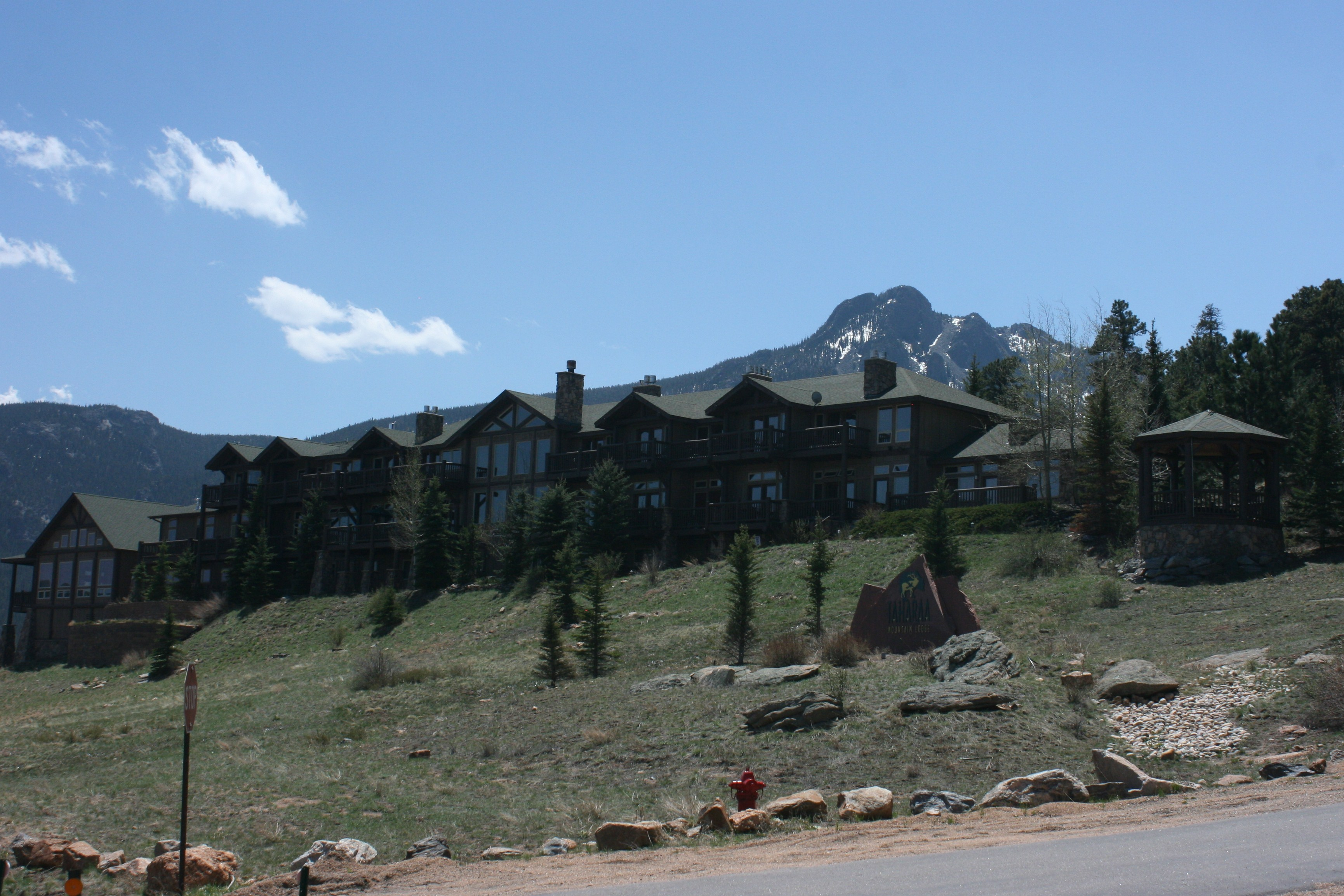 transportation for weddings in estes park  colorado